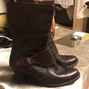 Lk NW BORN Brwn Lthr Calf SideZip Adj Buckle Boots